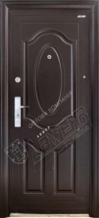 двери входные металлические молотковые